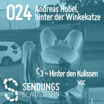 SB-024 Andreas Hubel, hinter der Winkekatze